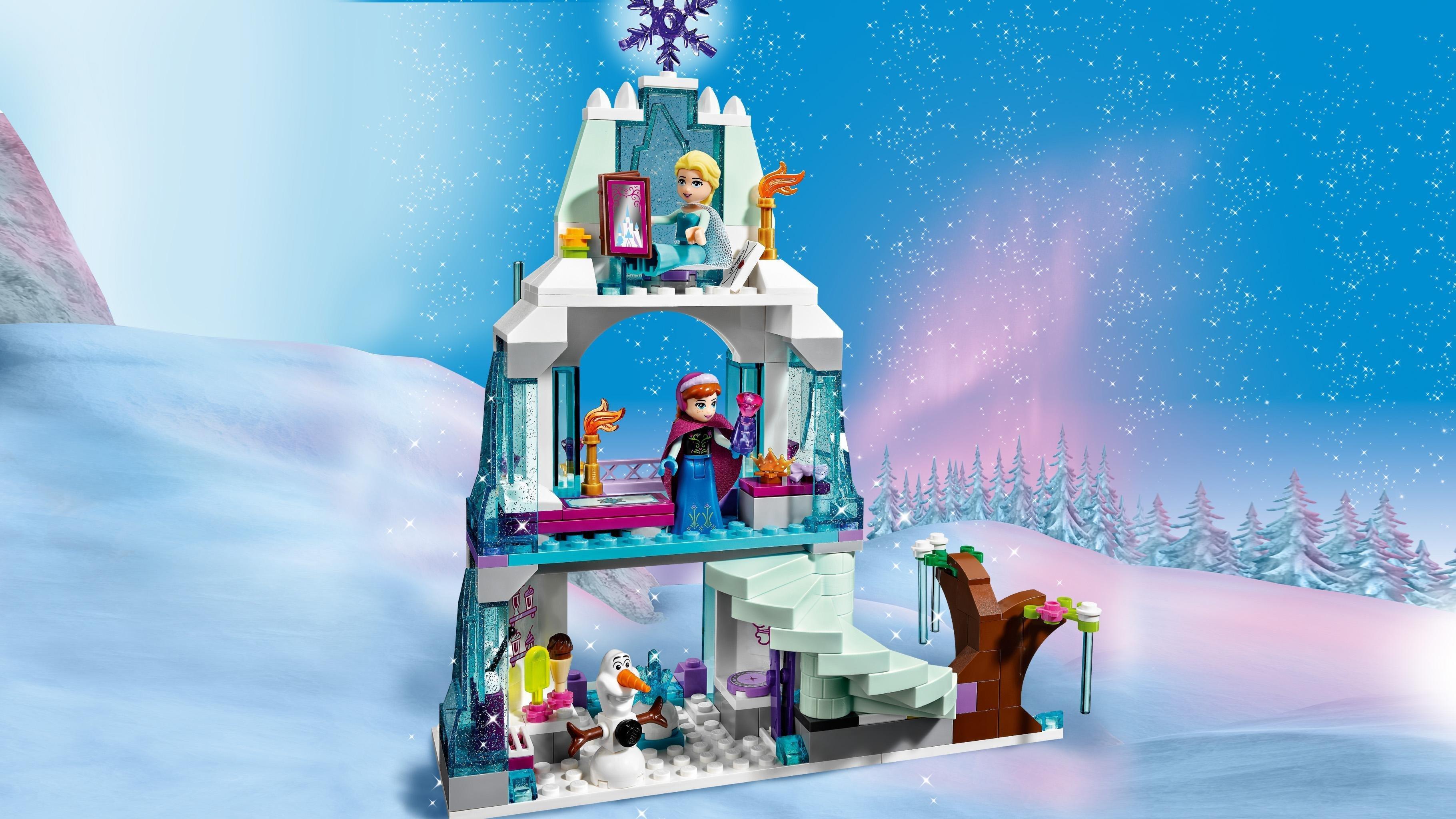 comprend un palais avec un arbre de glace un traneau un escalier secret un bar glaces un lit et une colline de glace