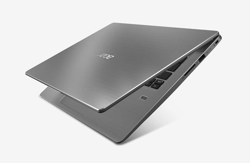 Portátil 14\'\' ACER Swift 3 SF314-52-361V Plata ( i3-7100U, 4 GB RAM ...
