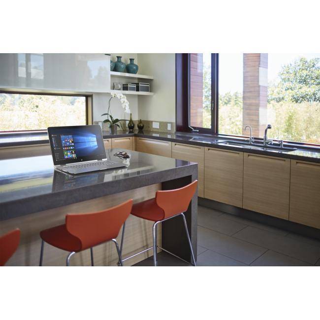 "HP Spectre x360 15-ap010ca 15 6"" Convertible Laptop with Intel i5-6200U"