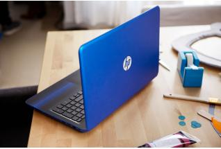 HP Pavilion Laptop at craft table