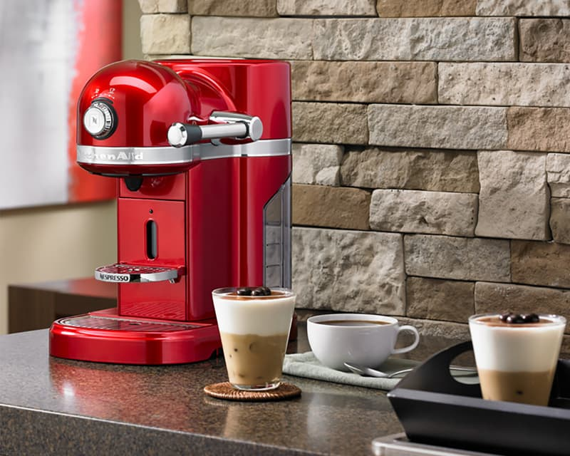 KITCHENAID - Machine à café Kitchenaid Nespresso rouge empire ...