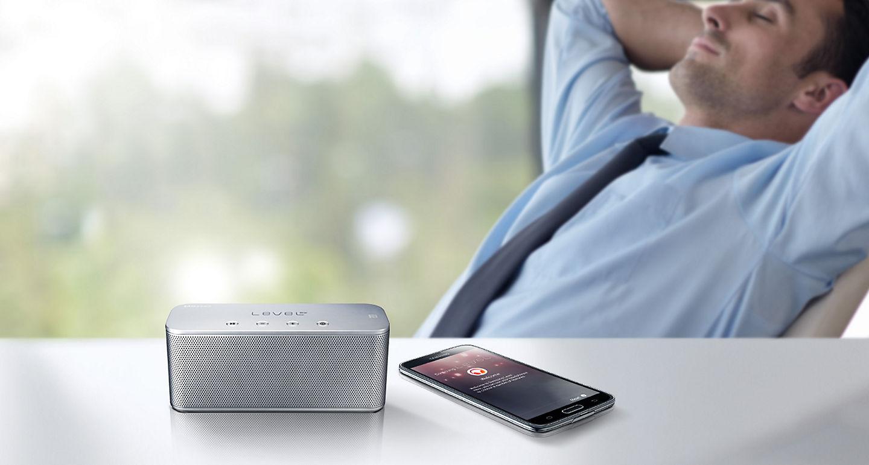 Jual Samsung Level Box Mini Blue Terbaru Harga Promo November Speaker Kulitas Menawarkan Solusi Kualitas Audio Premium Dengan Suara Bass Yang Kuat Cocok Untuk Mendengarkan Musik Dan Menonton Film