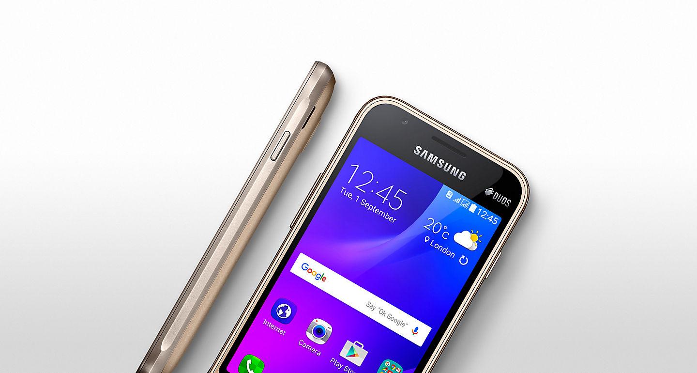 Samsung Galaxy J1 Mini Hadir Dengan Desain Mempesona Pinggiran Transparan Layaknya Berbalut Kaca Sebuah Yang Unik Dan Nyaman Saat Anda