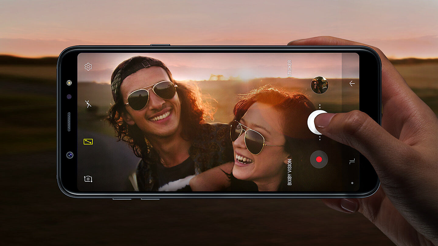 Make Sure Your Images Stay Bright Wherever You Shoot Galaxy A6 Features A 24MP Camera With Faster Wide Aperture F19 Lens To Let In More Light When