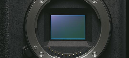 Przetwornik obrazu Exmor™ CMOS orozdzielczości 24,2 megapiksela