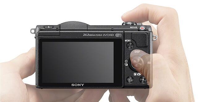 Sony a5100 E-mount Camera with APS-C Sensor & 16-50mm Lens (Black)